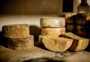 Pão de queijo do Serro