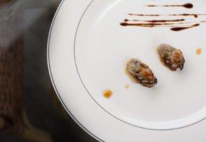 Receita de ostras ao mel e gengibre flambadas ao conhaque
