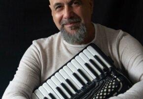 Sesc em Minas apresenta: Toninho Ferragutti